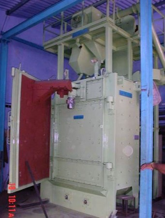 Door mounted Spinner Hanger Shot Blasting Machine